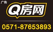 Q����